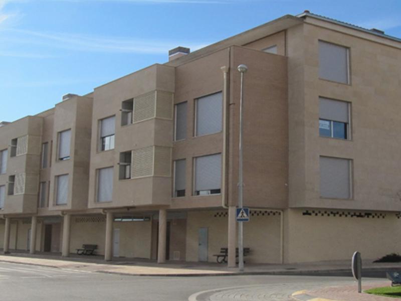 Alquiler 16 pisos opción compra piso Cascante